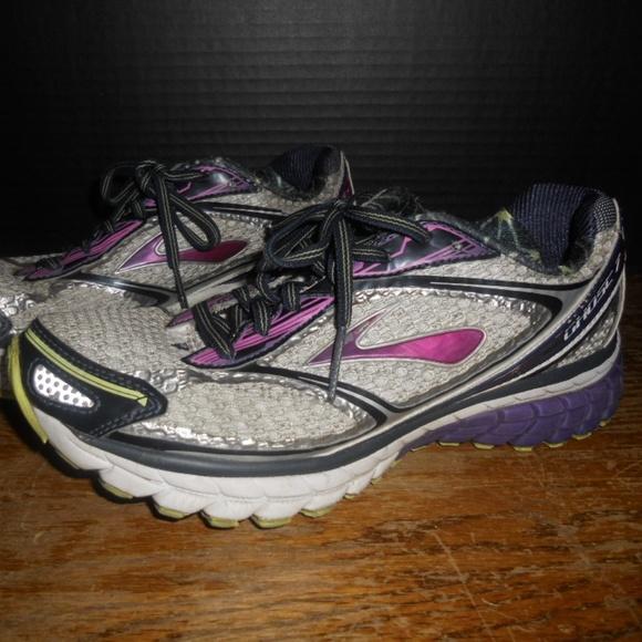 b95c5fd8e8416 Brooks Shoes - Brooks Ghost G7 Women s Athletic Shoes Size 7.5